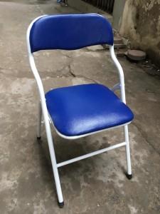 Ghế gấp da màu xanh chân sơn trường phát thanh lý 100k