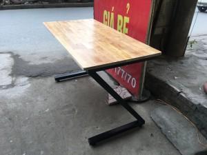Bàn chân sắt chữ Z 1m4 rộng 60 gỗ cao su ghép thanh giá rẻ