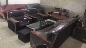 Bộ sofa da kiểu nhật tay gỗ giá rẻ