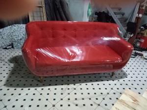 Sofa văng màu đỏ giá chỉ 2550k