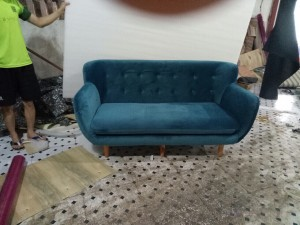 Sofa văng màu xanh giá 2550k