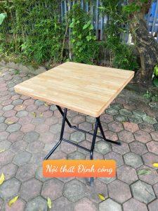 Bàn cafe mặt gỗ cao su chân gấp vuông 60cm