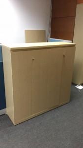 Tủ lửng đựng tài liệu ngang 1m45 giá rẻ. mới 99%